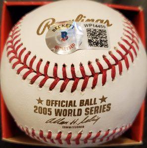 Frank Thomas Autographed 2005 World Series Official Major League Baseball 2